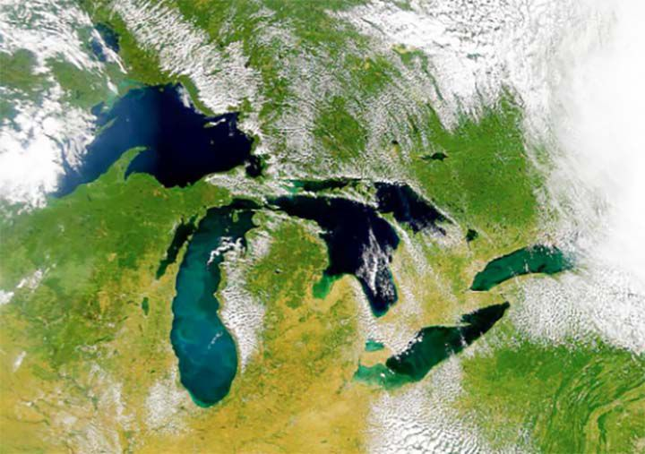 US-Canadian agency outlines challenges facing Great Lakes water quality