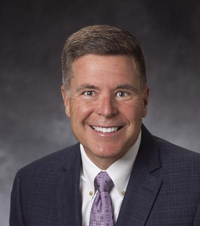 Simmons joins NBC as VP - commercial banker