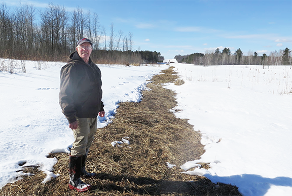 Group pushes for removal of old Enbridge pipeline