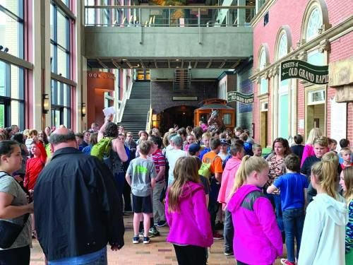 Grant gives Mack Trail students a 'day at the museum'
