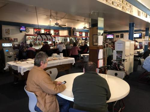 American Legion hosts veterans and families for Thanksgiving dinner