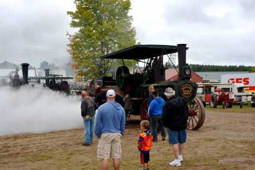 Buckley Old Engine Show 2020.Buckley Old Engine Show 50th Draws Crowds Despite Rain