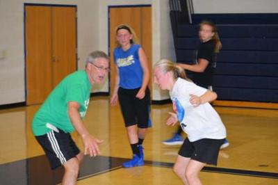 Mike McLaurin takes over Cadillac girls hoops program