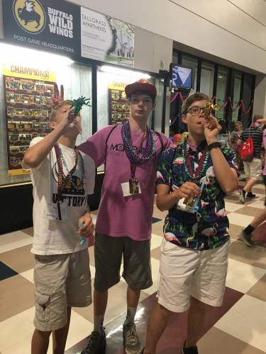 YAC students attend 2017 youth leadership conference