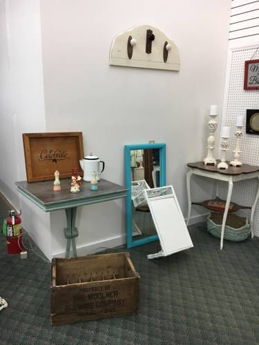 Charming Michigan Creators To Sell Refurbished Furniture, Decor Downtown