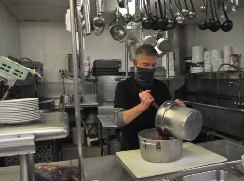 Local restaurant employees, owners desperate for dine-in pause to be lifted