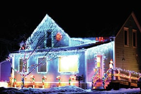 Elm Street Home Best Lit For The Holidays