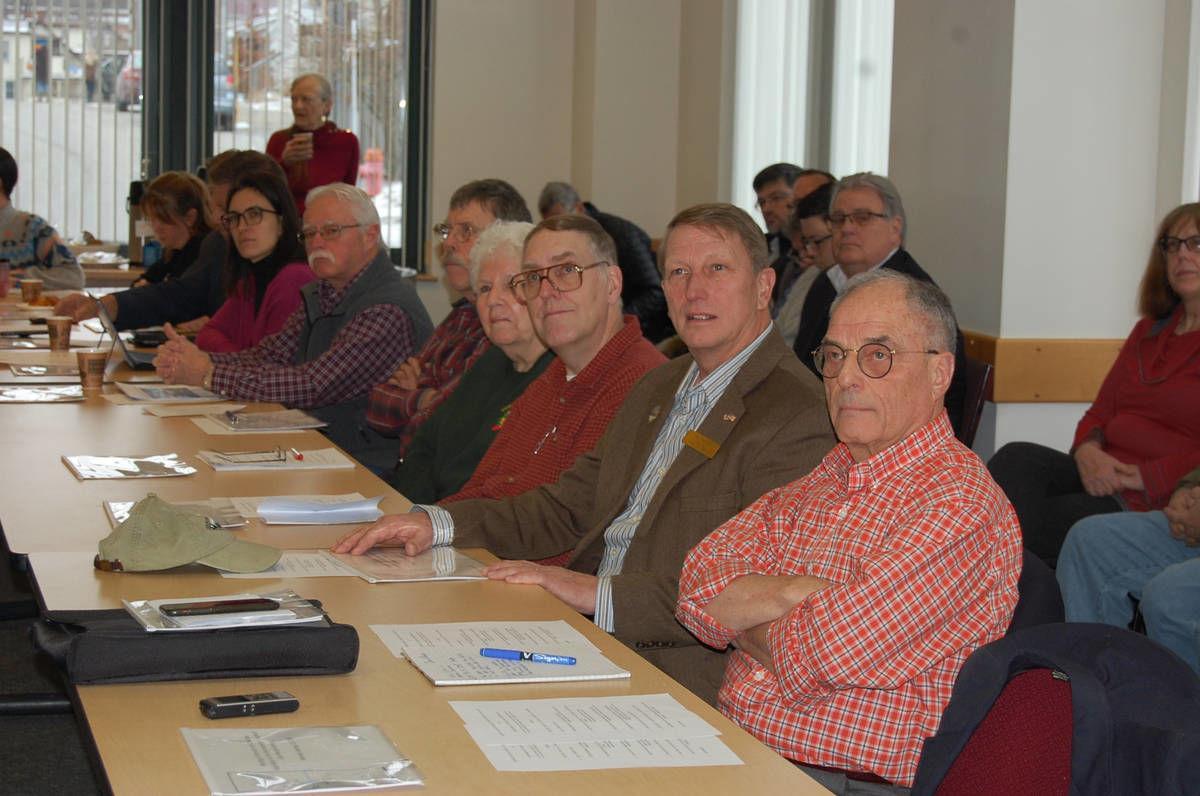 Quebec, Vermont Officials Meet On Future Of Lake Memphremagog
