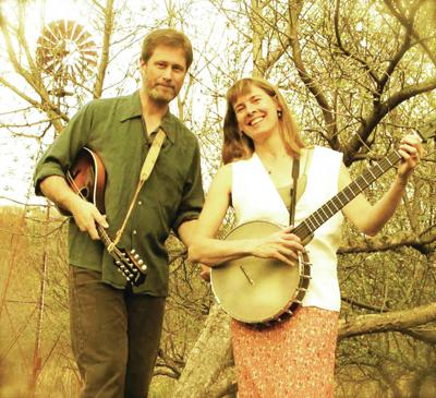 Folk Singers Dana And Susan Robinson Coming To Great North Woods