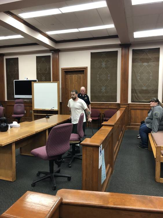 Draper Defense To Challenge Confession, Chief Medical Examiner