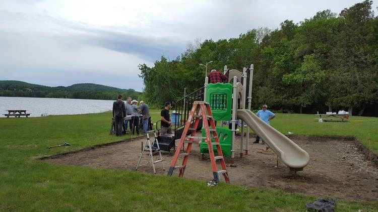 Volunteers Build Playground At Derby Beach House On Salem Lake