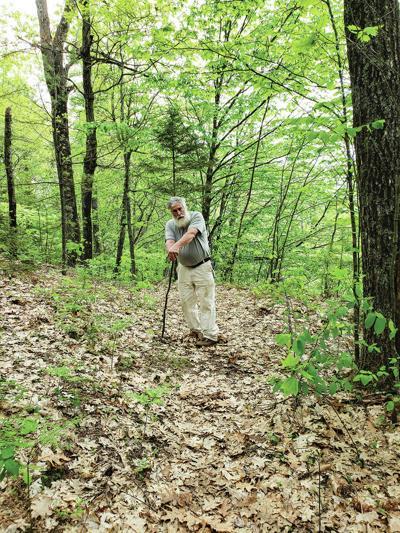 Allen Gombas - Obituary