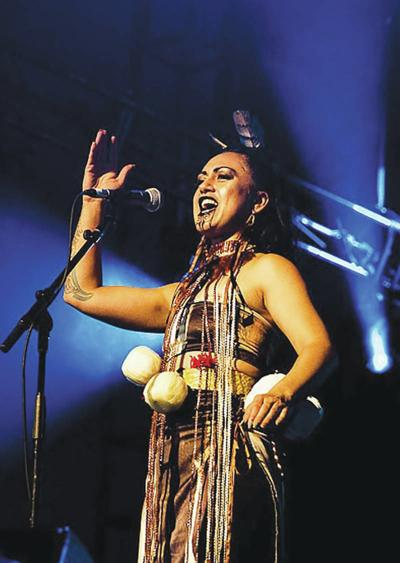 Australia's Queen Of Loops Brings Maori Culture To Dog Mountain