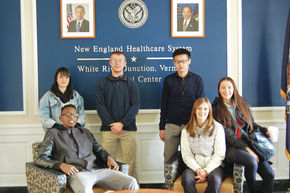 LI students meet with Veterans and deliver gifts