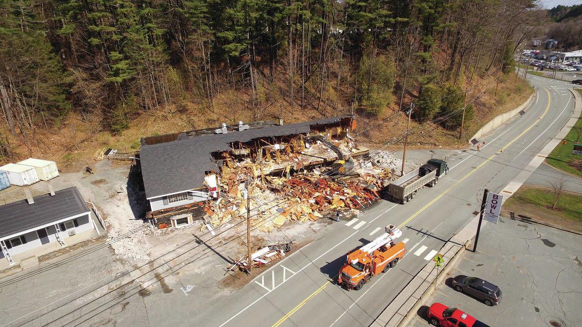 Former Lincoln Inn, Black Bear Tavern Demolished
