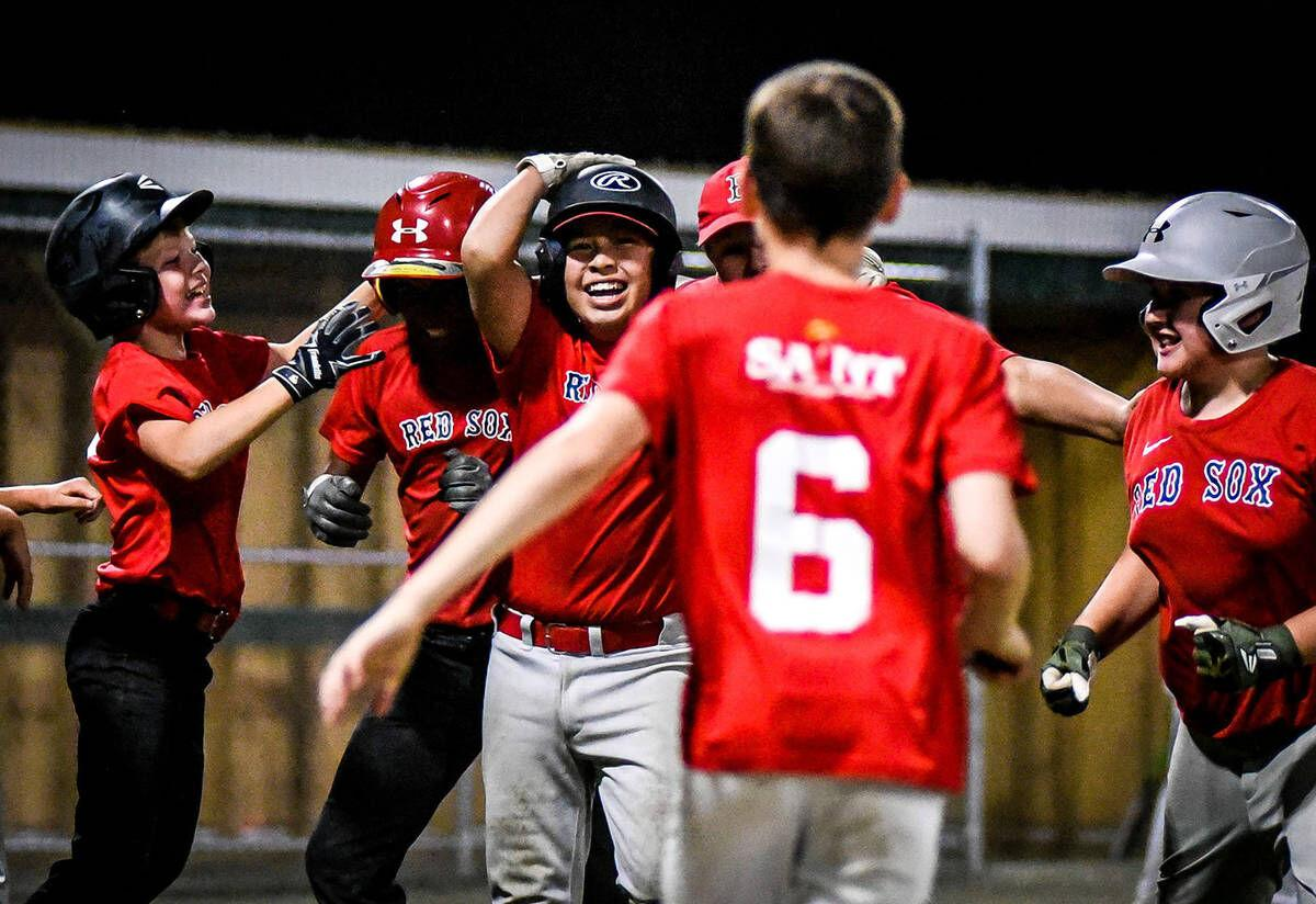 Beck's walk-off hit sends Red Sox to Little League title