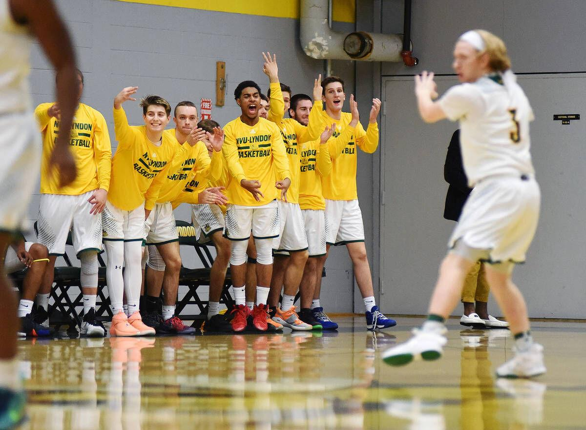 Fresdell's Buzzer-Beating 3 Lifts Hornets Past Rival