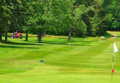 Bethlehem Selectmen Sign Letter Of Intent For Golf Course