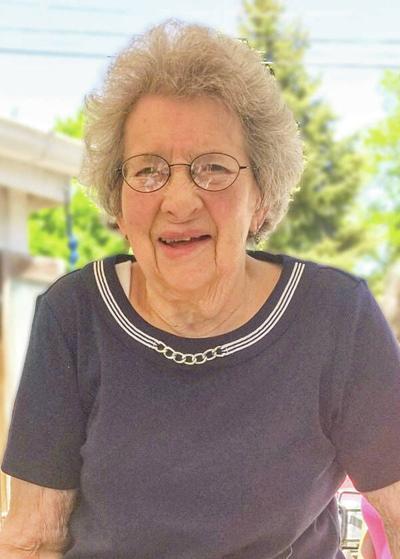 Elizabeth Francis (Brown) Holton Obituary
