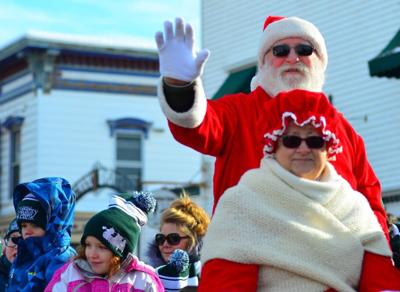 Hartwell Christmas Parade 2021 Littleton Santa Claus Is Comin To Town News Caledonianrecord Com