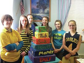 Gilman students create creative cakes