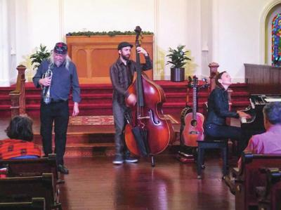 The Heather Pierson Acoustic Trio to perform at York Street Meeting House on August 16
