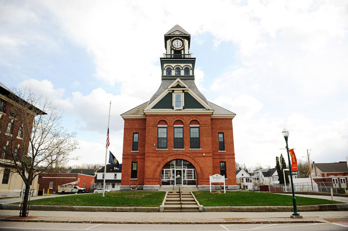Attorney Challenges Court Officials About Courthouse Closure