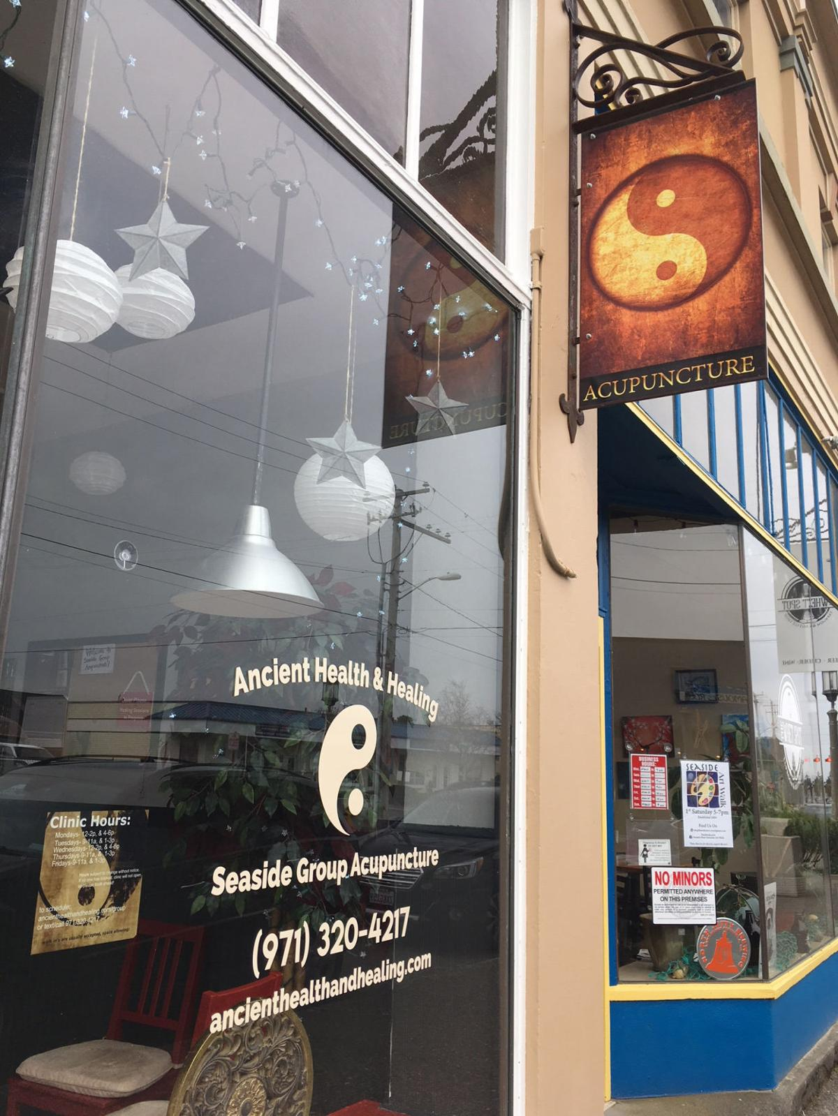 From Sedona to Seaside, acupuncturist offers services