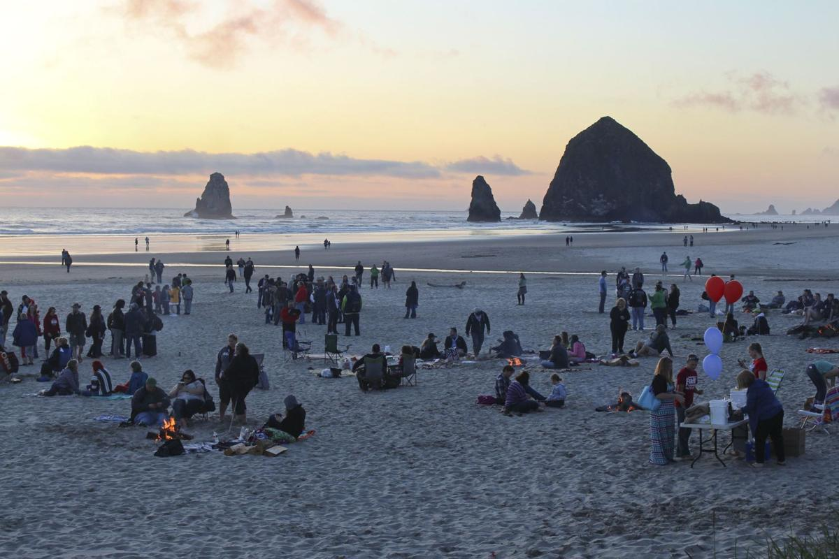Goonies fans turn out for bonfire