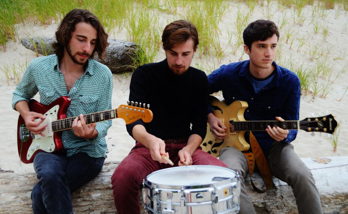 Musical duo Wistappear headlines at the Coaster Theatre