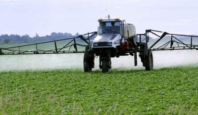 Bill would remove barrier to Oregon pesticide lawsuits