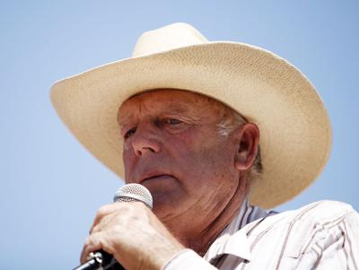 Bundy, supporters rally before Nevada lawmakers