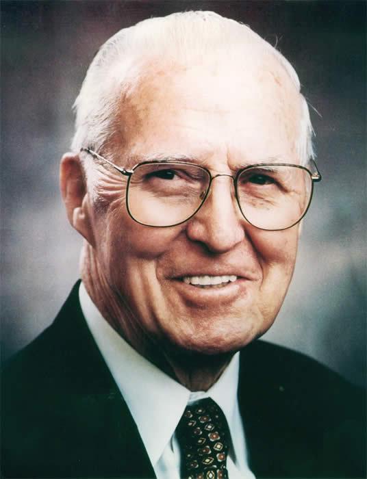 Nobel Prize winner Norman Borlaug dies at 95