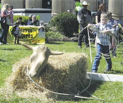 Urban, rural children learn the ropes in fun 4-H contest