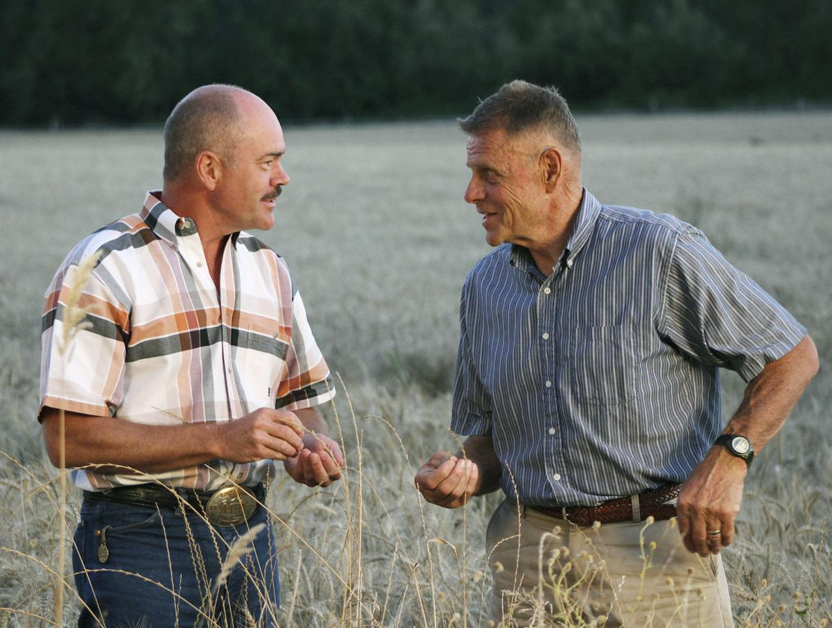 Farmers face strong dollar, interest rate uncertainty