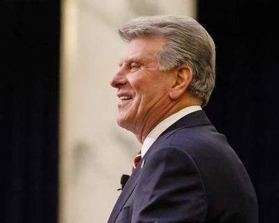 Idaho governor praises aquifer recharge efforts