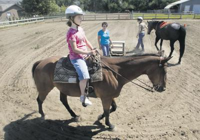 Yakima horse ranch therapeutic for youth