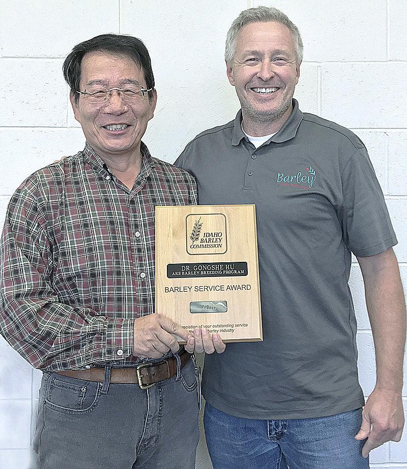 Idaho Barley Commission honors researcher Hu
