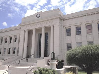 Linn County Courthouse in Albany, Ore.