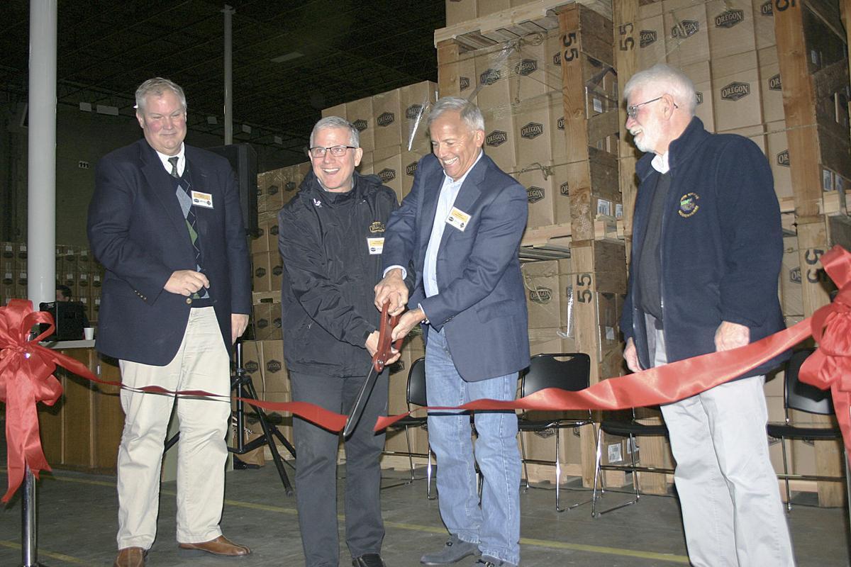 Oregon Fruit Products ribbon cutting