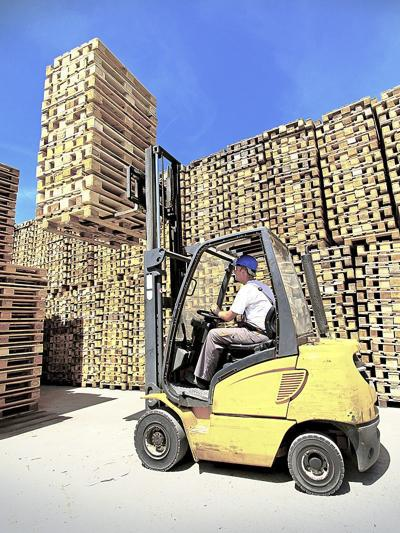 Company offers forklift training