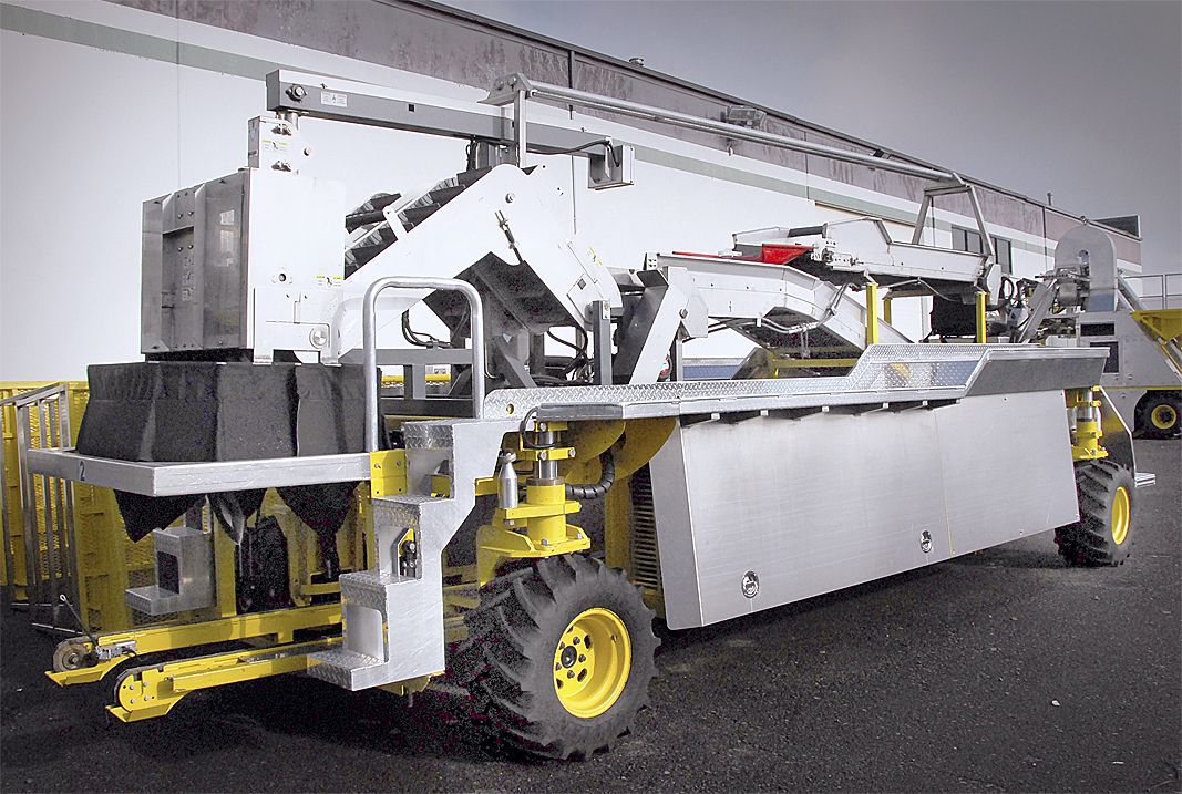 Apple harvester spotlighted at show