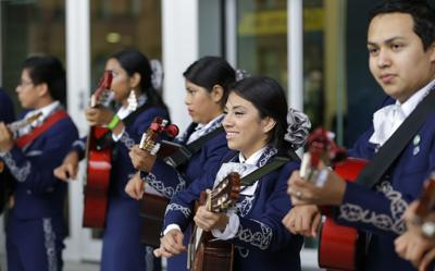 In mariachi music, students find path to college