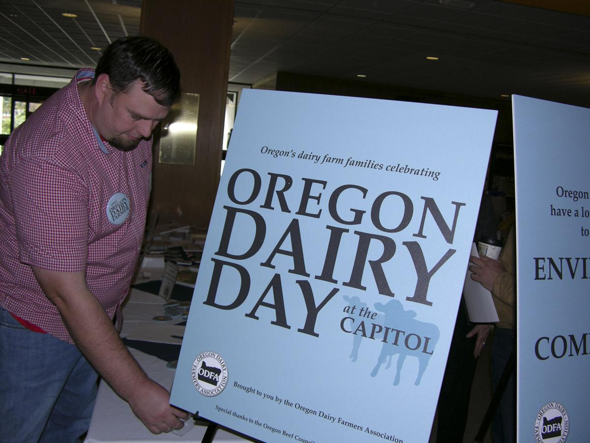 Farmers treat leaders to dairy