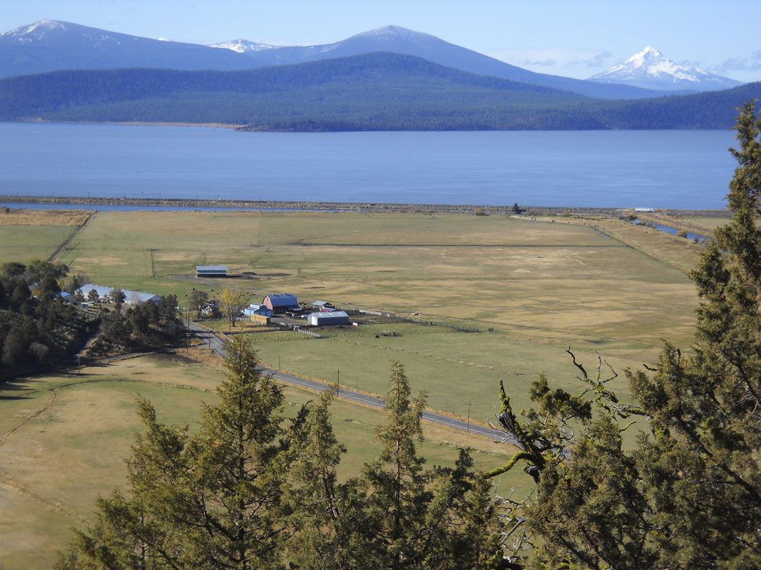 Klamath Falls rancher stays close to home