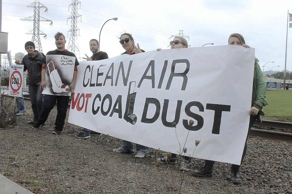 American Farm Bureau takes on Washington over coal port