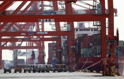Japanese importers cope with U.S. product shortages
