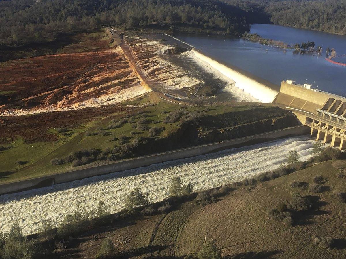 Flood control plan calls for further drawdown of Lake
