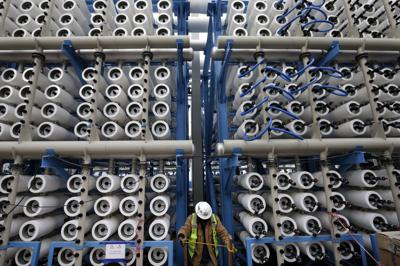 New plant tests U.S. appetite for seawater desalination