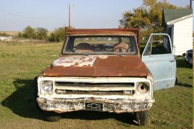 Central Linn, OR FFA Alumni Ugly Truck and Classic Car Show
